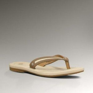 NWOT~ UGG Elyza Leather Flip Flop Sandals